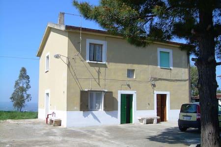 Casa MERCURI mare 5 min auto v DEL MARE 14 CHIEUTI - Marina di Chieuti - Haus