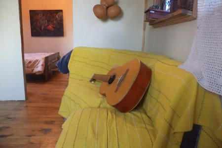 OLD HOUSE bed, breakfast and more - Puerto Montt
