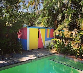 A Tropical Beach Retreat