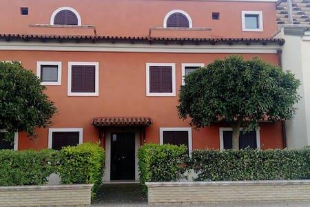 Marinagri attico Venezia del Sud - Reihenhaus