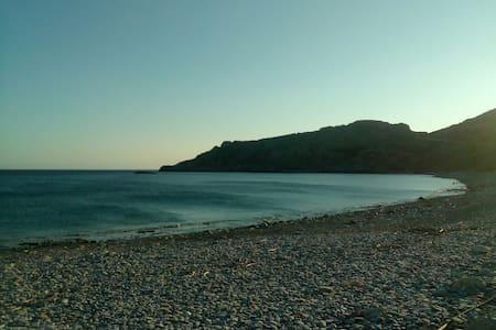 STUDIO NEXT TO THE SEA -KRIOS BEACH- - Chania