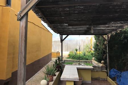 CASA DE CAMPO CON PISCINA YBARBACOA - Crevillent - Casa