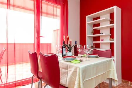Premium Apartman Frank - Kaštel Kambelovac - Apartment