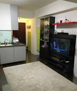 Modern Entire home - wanchai MTR - Hong kong - Appartement