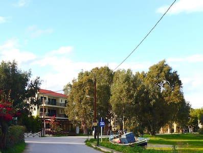CASTLE VIEW STUDIOS - Paralio Astros - Boutique hotel