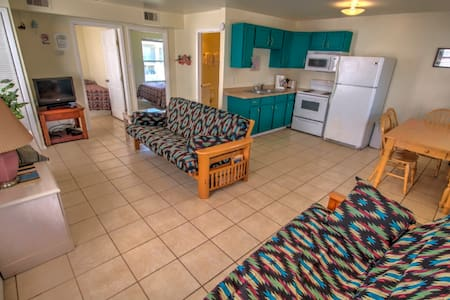 #1 at the Oleander Beach Lodge - Apartment