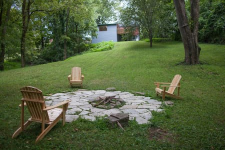 Cozy, Convenient Woodbine Retreat! - Nashville - Apartamento