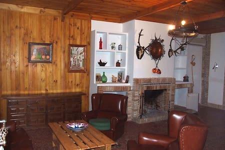 Casa rural en Posadas de 4 a 8 pers - Xalet
