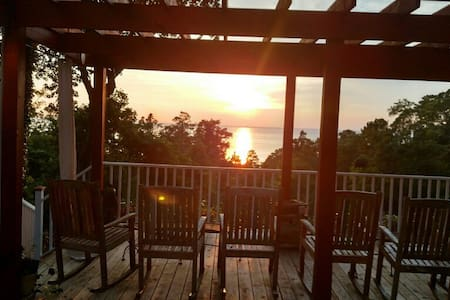 Modern 2BR GuestH with Beach Access - Fairhope