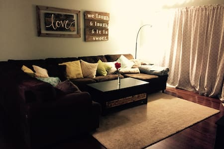1 Bedroom & Private Living Space - Casa