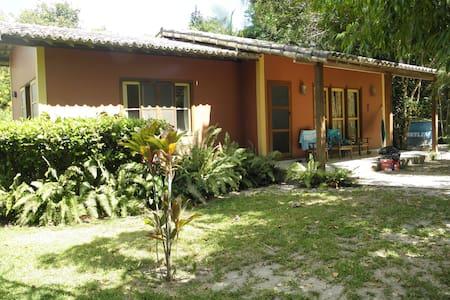 Casa na Vila de Santo Andre, Bahia. Beach house - Bungalow