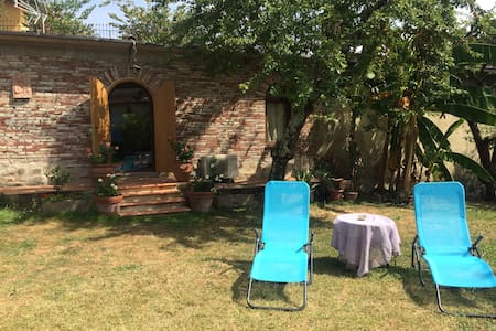 LUXURY COTTAGE in Florence with SWIMMING POOL - Firenze - Cabin