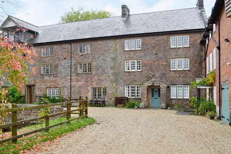 Mill House, Maiden Newton, Dorset - Hus