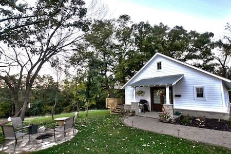 The Corn Crib Bed and Breakfast - Bed & Breakfast