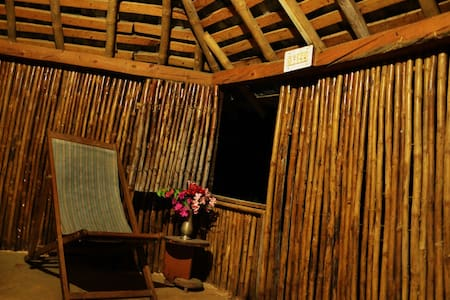 Bontlu Hut (Bamboo Hut) in the wild - Kangra - Hut
