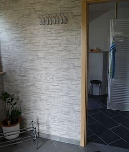 Apartment mit Küche, Bad und Garten - Entire Floor