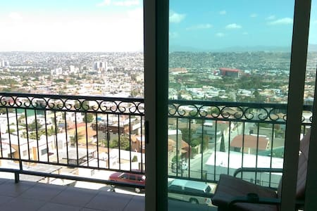 Penthouse/Condo In Gated Community - Tijuana - Appartement