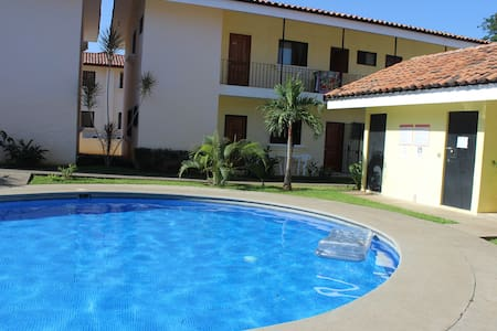 Poolside/500m to Beach Studio Condo - Coco