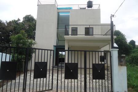 GRANDPA HOLIDAY HOME - Kundasale