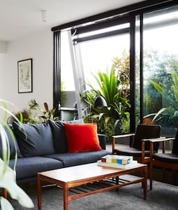 Rooftop oasis on Smith St, Collingood/Fitzroy - Fitzroy - Apartment
