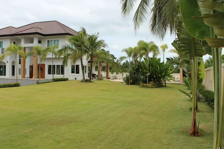 (Promotion) Villa with privat pool - Pattaya