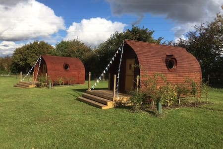 Unique Luxurious Glamping Pods - 2 available - Suffolk - Cabin