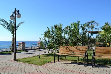 Ferienwohnung direkt am Strand - Alanya,Mahmutlar