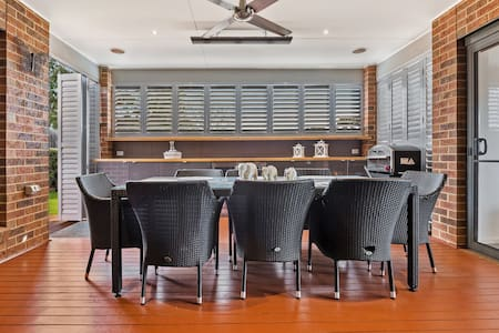 Modern, Stylish and Spacious home in Beach Town - Portarlington