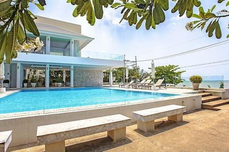 3 bed pool villa in beachside resort - Pattaya - Villa
