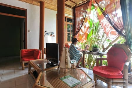 Paradise of traveller #1 - North Kuta - Villa