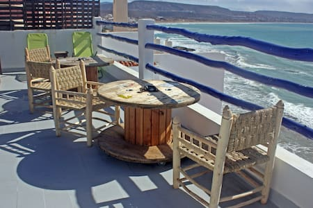 oceana surfcamps - Taghazout