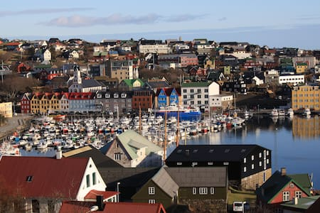 Central Tórshavn - the perfect base - Tórshavn - Otros