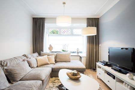Charming and elegant house - Ház