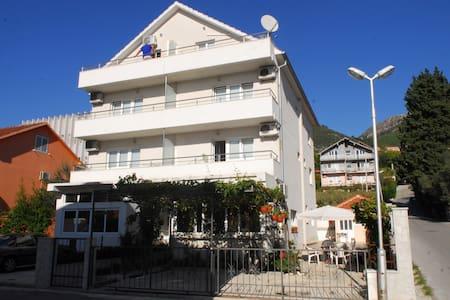 Comfort Studio with big terrace - Apartment