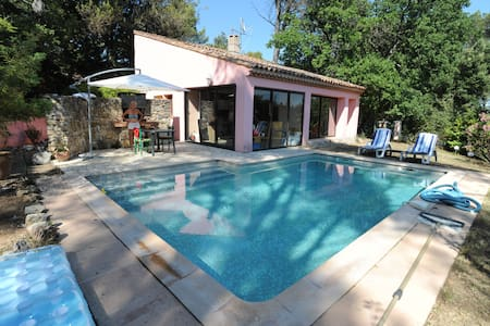 charming house with swimming pool in golf - Brignoles