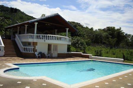 Casa de Campo - Chalupa
