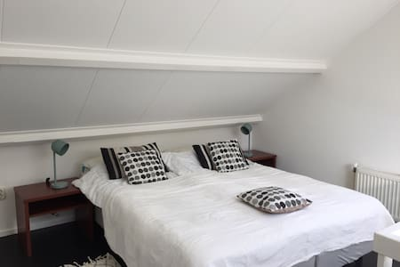 Fijn appartement centrum Schoorl - Lakás
