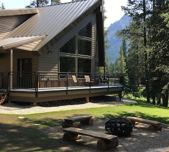 Creekside at Yellowstone, Year-Round Luxury Home - Cooke City-Silver Gate - Casa