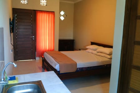 Room 2-Melrose Kost Bukit Bali - Guesthouse