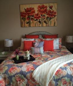 Peace House - Floral Room - House