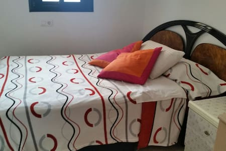 1 double room with private bathroom - Alcúdia - Apartment