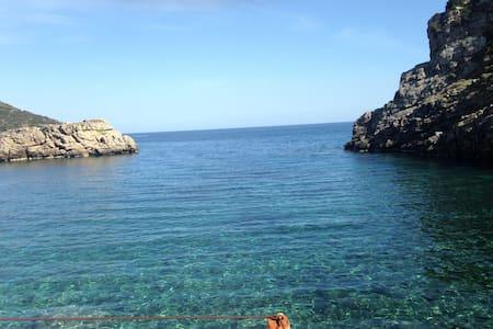 Iris residence island Evia Greece - Athen