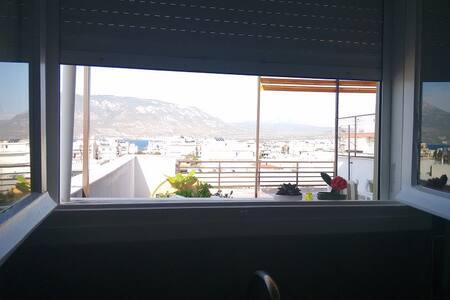 Astonishing view rooftop apartment - Korinthos - Apartment