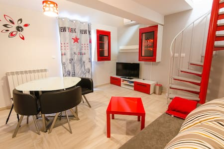 New modern apt in a quiet location near the center - Rijeka - Lejlighed
