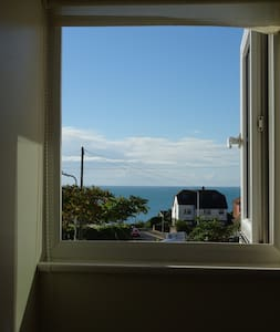 Lovely Quiet Room With Sea Views, Seabrook - Hythe - Huis