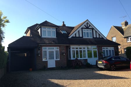 Rustington Seaside home - Maison