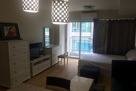 Nice location in fort bonifacio - Taguig - Wohnung