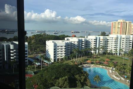 Convenient location, sea view - Singapur - Daire