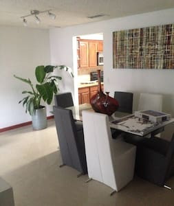 Spacious and comfortable room - Miami Gardens - Adosado