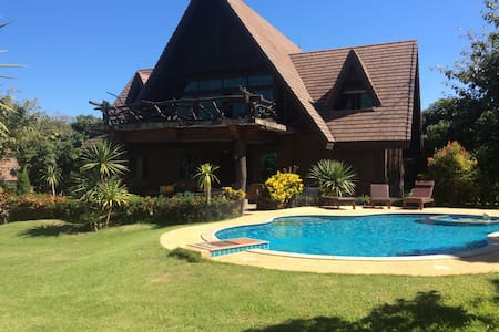Unique and Spectacular Mountain View Villa - Chiang Dao